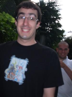 Brice et Simon ont l'air réjoui.